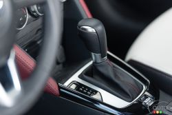 2016 Mazda CX-3 GT Shift knob
