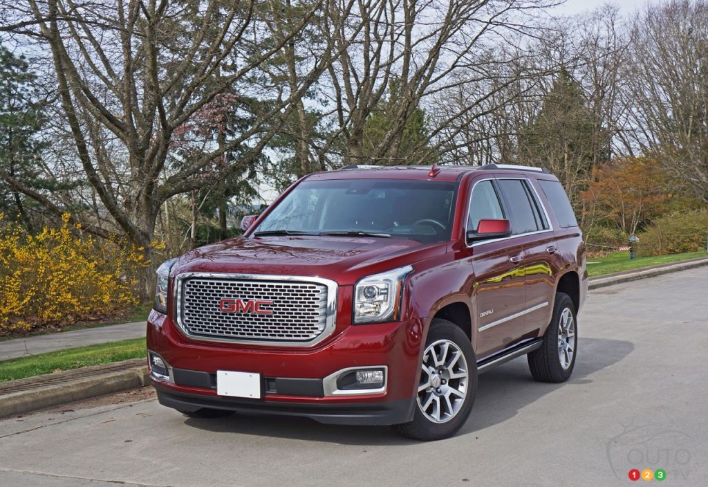 2016 gmc yukon denali is luxurious with blue collar cachet car reviews auto123. Black Bedroom Furniture Sets. Home Design Ideas