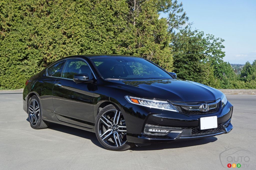 2016 honda accord coupe touring v6 is a living legend. Black Bedroom Furniture Sets. Home Design Ideas