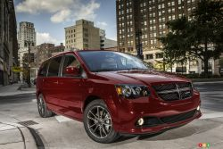 Dodge Grand Caravan SXT Blacktop Package 2018