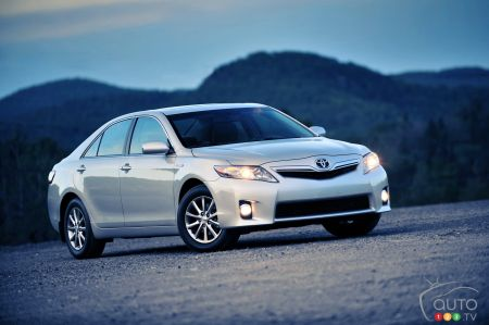 2011 Toyota Camry Hybrid pictures