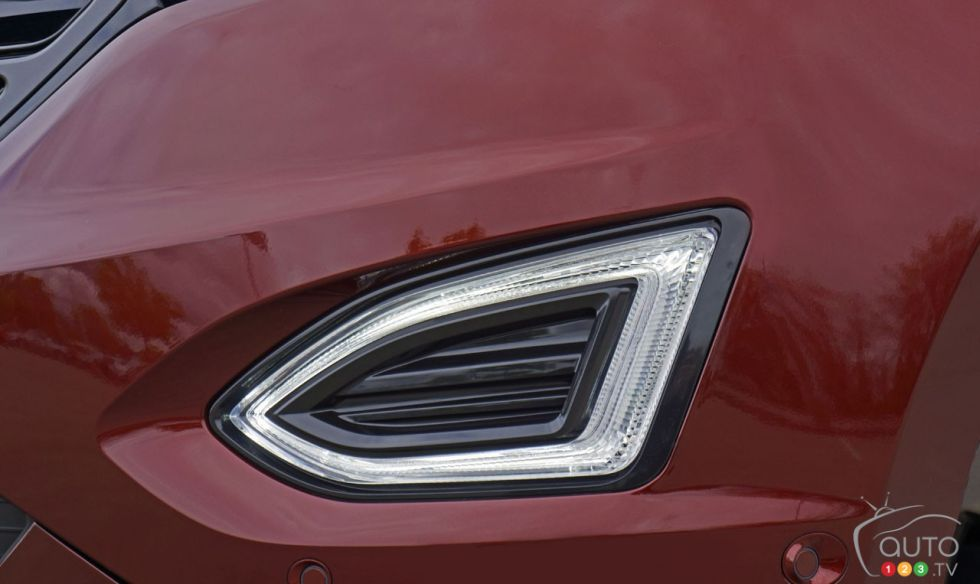 Ford Edge Sport Fog Light