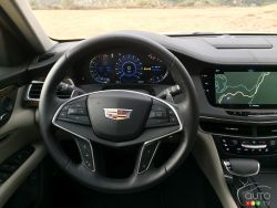 2016 Cadillac CT6 steering wheel