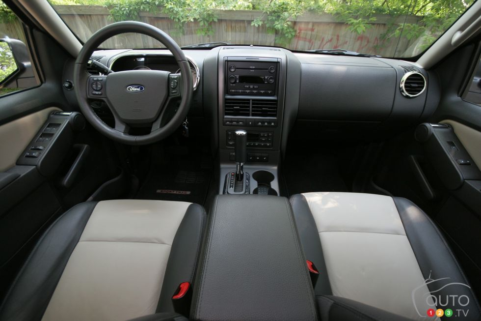 ford explorer sport trac 2007 auto123. Black Bedroom Furniture Sets. Home Design Ideas