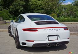 2017 Porsche 911 Carrera 4s rear 3/4 view