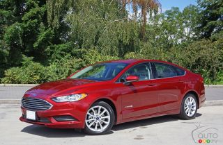 Photos de la Ford Fusion Hybride 2017