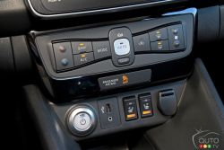 Heating system, heated seats and USB port