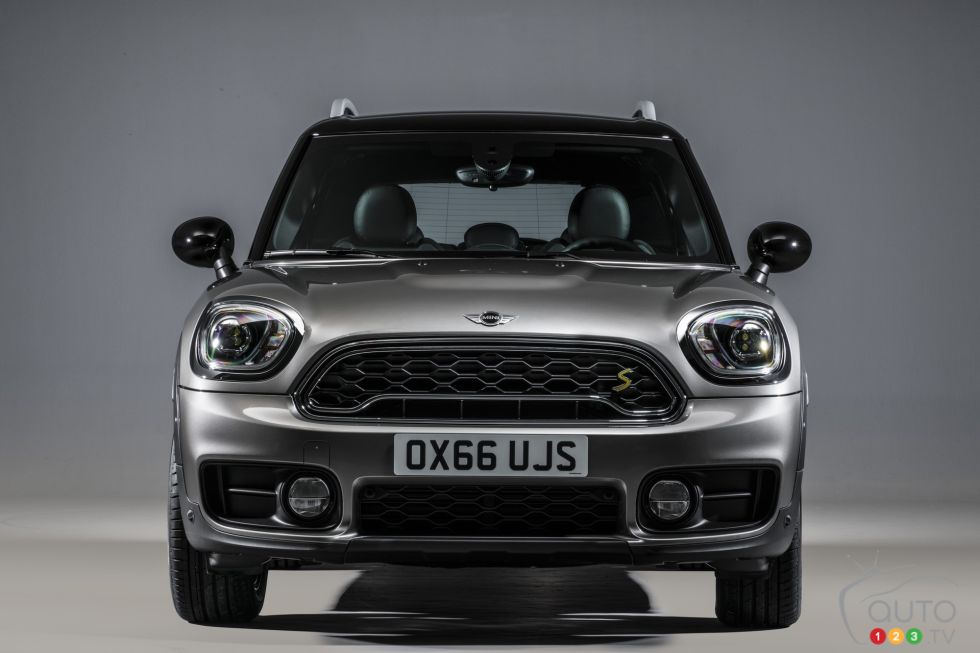 photos de la mini cooper s e countryman all4 2017 photo 18 de 28 auto123. Black Bedroom Furniture Sets. Home Design Ideas