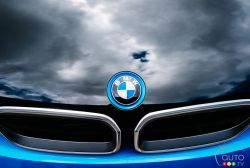 Front logo of the BMW i3