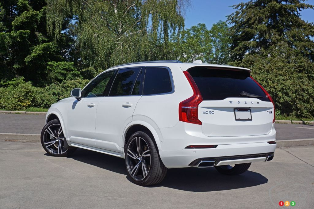 2016 volvo xc90 t6 awd proves volvo is back in a big way car reviews auto123. Black Bedroom Furniture Sets. Home Design Ideas