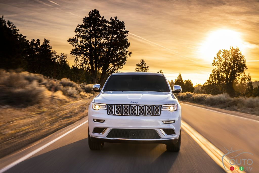 2019 Jeep Grand Cherokee Gets Tech, Safety Updates | Car ...