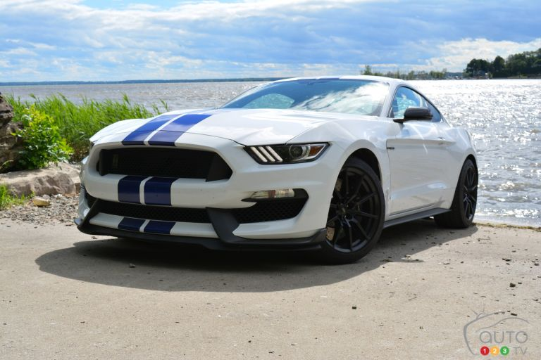 2016 Ford Mustang GT350 pictures