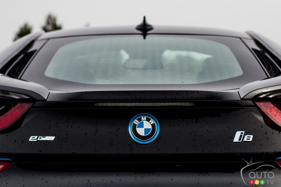 2016 Bmw I8 Pictures Photo 9 Of 21 Auto123