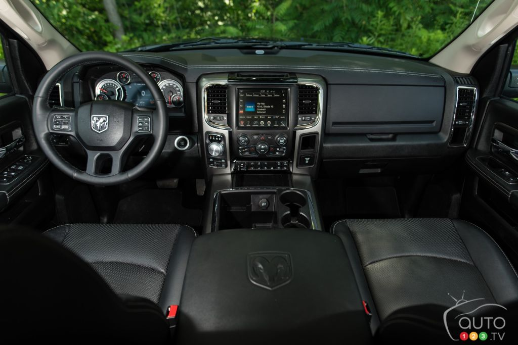 2015 Ram 1500 Black Sport 4x4 Front Interior Compartment