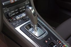 2017 Porsche 911 Carrera 4s shift knob