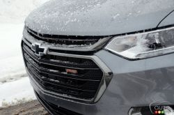 2020 Chevrolet Traverse RS, front grille