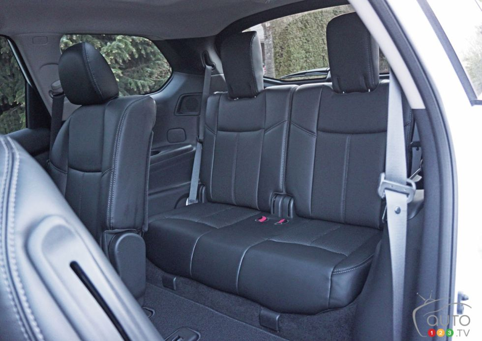 Cars With The Third Row Seating