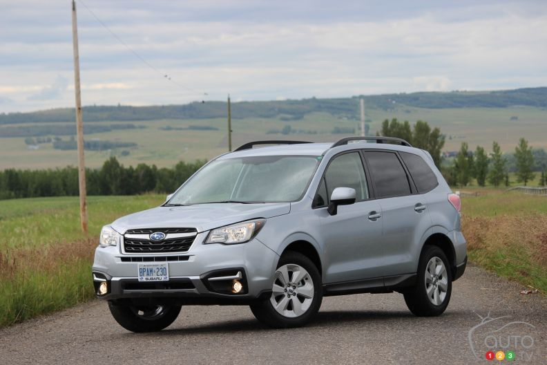 2017 subaru forester pictures photo 1 of 16 auto123. Black Bedroom Furniture Sets. Home Design Ideas