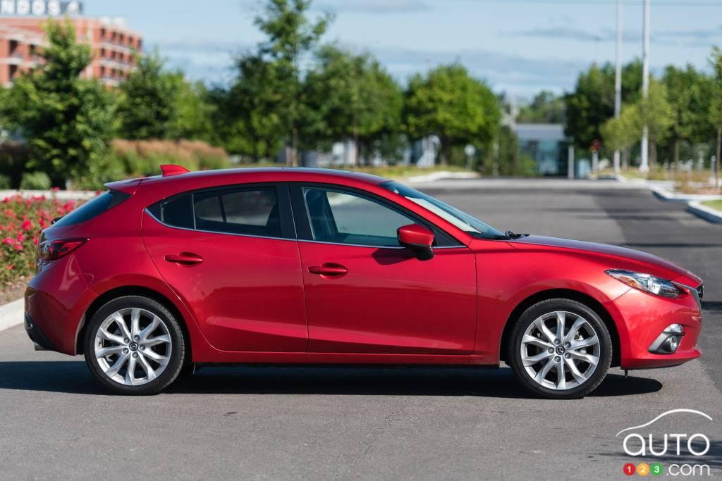 2015 Mazda3 Sport Gt Review Car Reviews Auto123