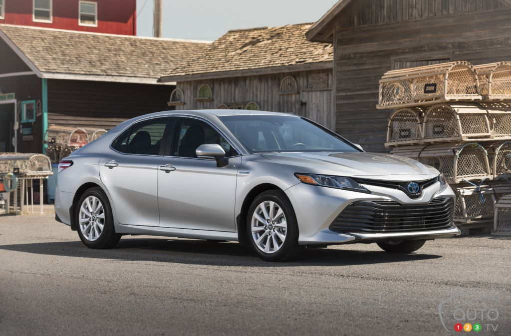 Camry Le Vs Se Best Upcoming New Cars 2019 2020