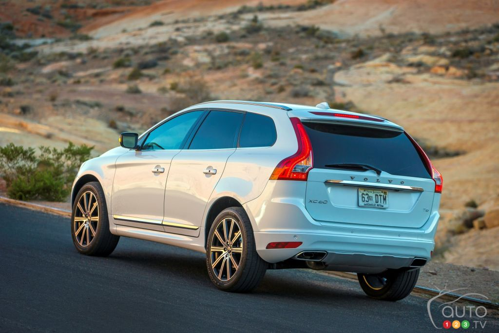 2015 volvo xc60 t6 awd review editor 39 s review car. Black Bedroom Furniture Sets. Home Design Ideas